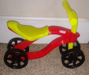 Little tikes scooteroo for Sale in Bloomington, IL