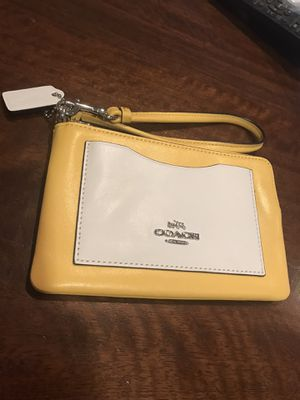 Coach like new wristlet! for Sale in Silver Spring, MD