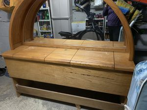FREE Head board and box spring for queen and twin with bed frame. for Sale in Sayreville, NJ