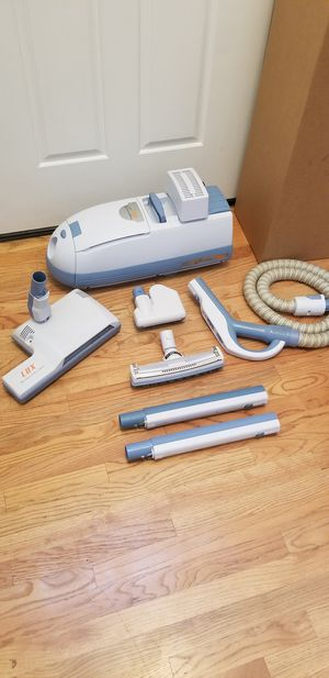 NEW cond ELECTROLUX GAURDIAN VACUUM WITH COMPLETE ATTACHMENTS,AMAZING SUCTION IN THE BOX WORKS EXCELLENT BEST OFFER ACCEPTED for Sale in Federal Way, WA