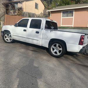 2004 Chevy Silverado for Sale in Vallejo, CA
