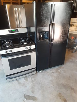 Refrigerator and stove combo for Sale in Norwalk, CA