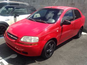 2005 Chevrolet Aveo ( lcd screen radio) for Sale in Fort Lauderdale, FL