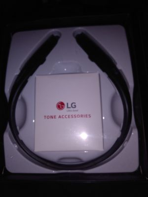 Lg tone platinum 1100 for Sale in Kent, WA