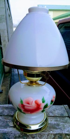 Gorgeous antique milk glass lamp for Sale in Medford, OR