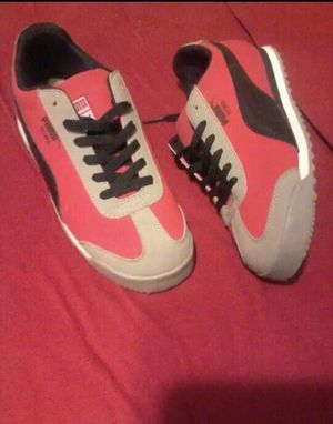 Size 3 pumas for Sale in Lithonia, GA