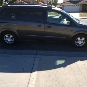 2006 Nissan Quest minivan for Sale in Moreno Valley, CA