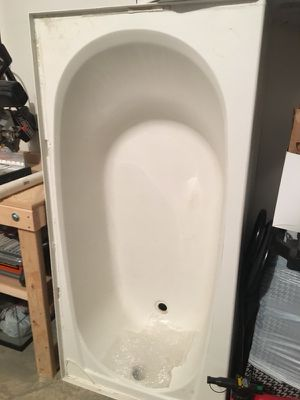 Bath tub for Sale in Delaware, OH