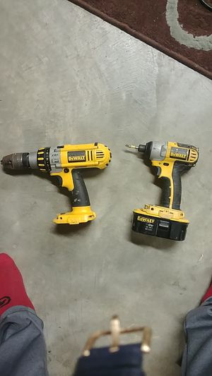 DeWalt 18v hammer & impact drills for Sale in Saint Charles, MO