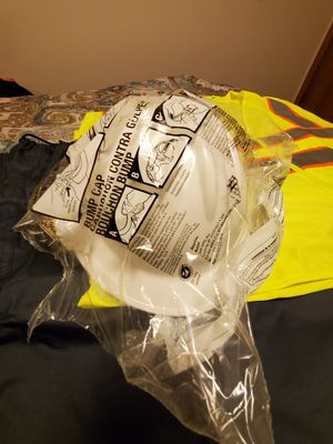 Hard hat full brim for Sale in Central Point, OR