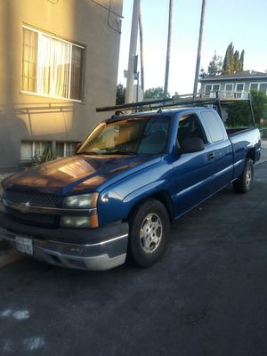 Chevy Silverado 2004 for Sale in Palmdale, CA
