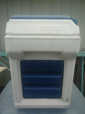 Blitz automatic dog feeder for Sale in Edgewood, WA