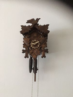 Adorable antique cookoo clock with bird for Sale in Fort Lauderdale, FL