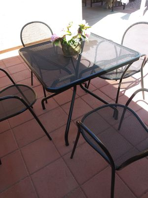 Metal patio set. 75 av and Bethany Home. for Sale in Glendale, AZ
