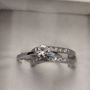 2 IN 1 SILVER ENGAGEMENT RING SET for Sale in Phoenix, AZ