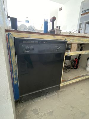 24 x 30 Dishwasher for Sale in Orange, CA