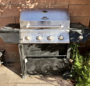 Grill master bbq... includes propane tank! for Sale in Las Vegas, NV