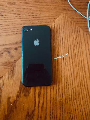 iPhone 8 64 Gb for Sale in MONTE VISTA, CA