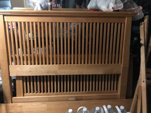 Full size bed frame & nightstand for Sale in Pembroke Pines, FL