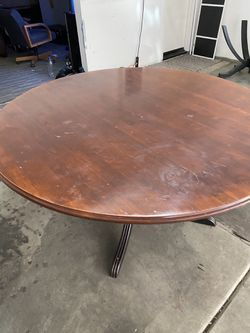 Kitchen Table & Chairs for Sale in Corona,  CA
