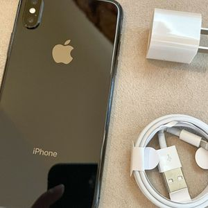 iPhone X Unlocked 64GB for Sale in Denver, CO
