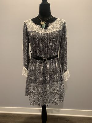 NWOT💝UMGEE USA Boutique Brand: S/M Boho Dress: black-white , Lace details, for Sale in Murfreesboro, TN