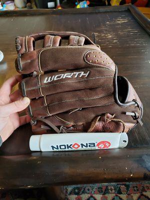 Softball glove for Sale in Everett, WA