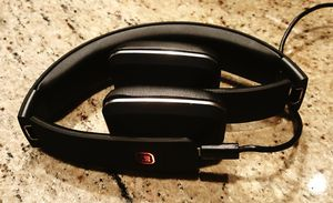 "RLX - BLUETOOTH 4.1 ""Hands Free"" STEREO HEADPHONES (foldable) for Sale in Fort Wayne, IN"