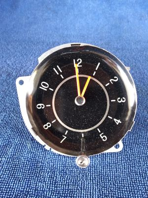 1963/1964/1965 CHEVY NOVA SS Clock like new conditon for Sale in Bloomington, CA