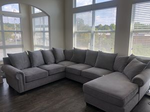 Full Sized Sectional w/ Chase for Sale in Atlanta, GA