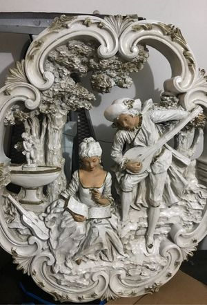 Universal statuary carved antique wall art 1975 for Sale in Elmwood Park, IL