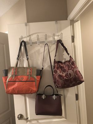 Coach maroon multi color for Sale in Columbia, MO