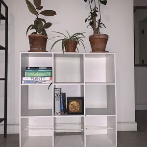 Book Shelf for Sale in Los Angeles, CA