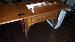 Singer working antique sewer furniture. for Sale in Kent, WA