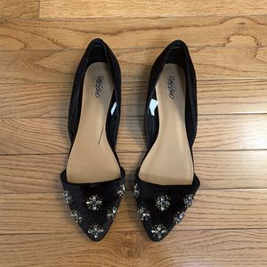 Mossimo Black Embellished pointed flats Women's 8.5 for Sale in Silver Spring, MD
