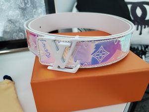 Louis vuitton translucent belt for Sale in Zephyrhills, FL