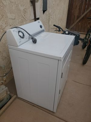 Whirlpool Electric Dryer for Sale in Moreno Valley, CA