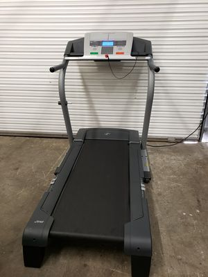 Nordictrack A2250 Treadmill for Sale in Clearwater, FL