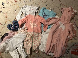 Free baby girl clothes size 0-3, 3 months for Sale in Woodbridge, VA