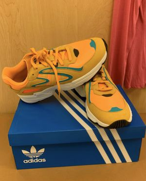 Adidas sneakers size 9 for Sale in Brooklyn, NY