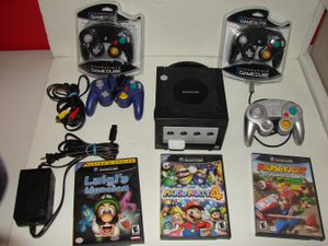 Nintendo Gamecube with Luigis Mansion, Mario party, DoubleDash for Sale in Grove City, OH