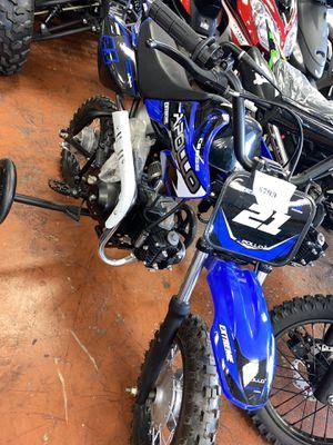 Dirt Bike 21 for Sale in Dallas, TX