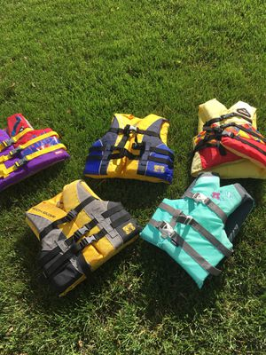 Life jackets $10 each for Sale in Pickerington, OH