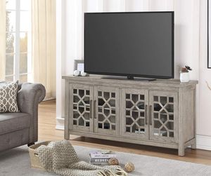 Wood and glass TV stand (tv not included) for Sale in Colorado Springs, CO