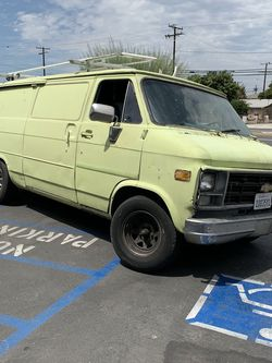 A-team Van Lots Of Room Inside And Out for Sale in Baldwin Park,  CA