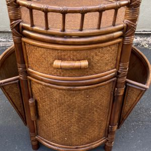 Very well-made Bamboo Way Wicker Round side bar table 29 tall 19 wide for Sale in San Diego, CA