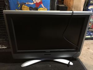 32inch patron tv works excellent for Sale in Painesville, OH