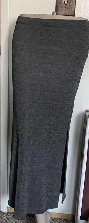 Women's Skirt - Size Medium Gray for Sale in Mountain View, CA