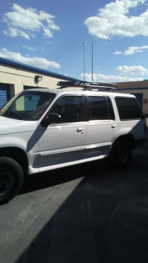 1997 Ford Explorer 4.0 V-6 from California no rust runs great 2,500 O.B.O for Sale in American Fork, UT
