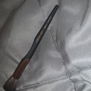 Luxie Small Contour Brush for Sale in Palmdale, CA